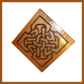 Shield Knot Carving1_WEB
